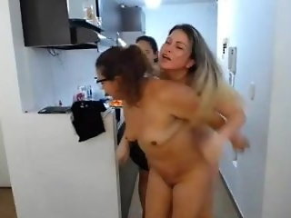 lesbian old & young milf