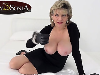 mature big boobs pornstar
